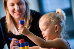 Care este varsta optima pentru implantul cohlear la copil?